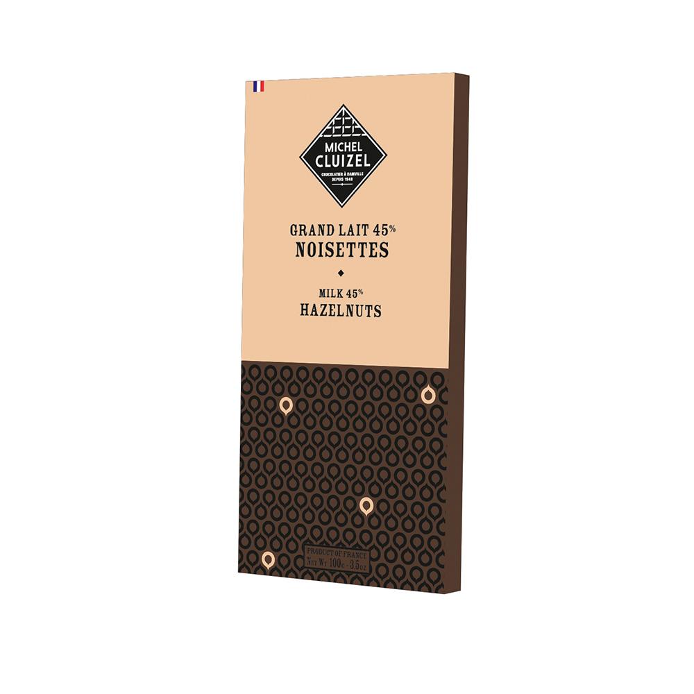 Milchschokolade mit Haselnusssplittern